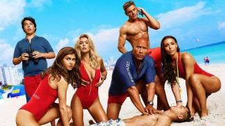 baywatch-2017-team-on-beach-1024x576