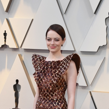 """Best Supporting Actress nominee for """"The Favourite"""" Emma Stone arrives for the 91st Annual Academy Awards at the Dolby Theatre in Hollywood, California on February 24, 2019. (Photo by Mark RALSTON / AFP)"""