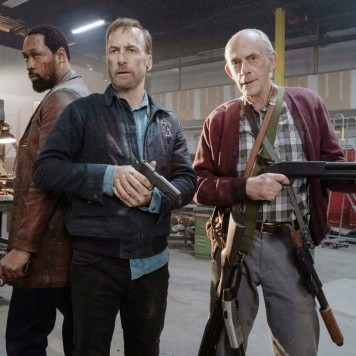 NOBODY, from left: RZA, Bob Odenkirk, Christopher Lloyd, 2021.,Image: 601257545, License: Rights-managed, Restrictions: Please credit ©Universal/Courtesy Everett Collection, Model Release: no, Credit line: Profimedia